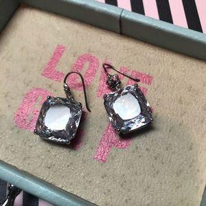 Juicy Couture earrings  vintage look 1940-1950